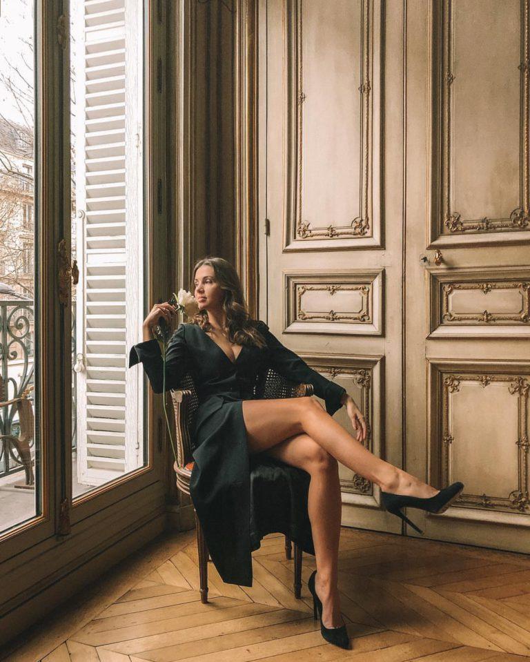 The Paris heroine influenceuse beaute